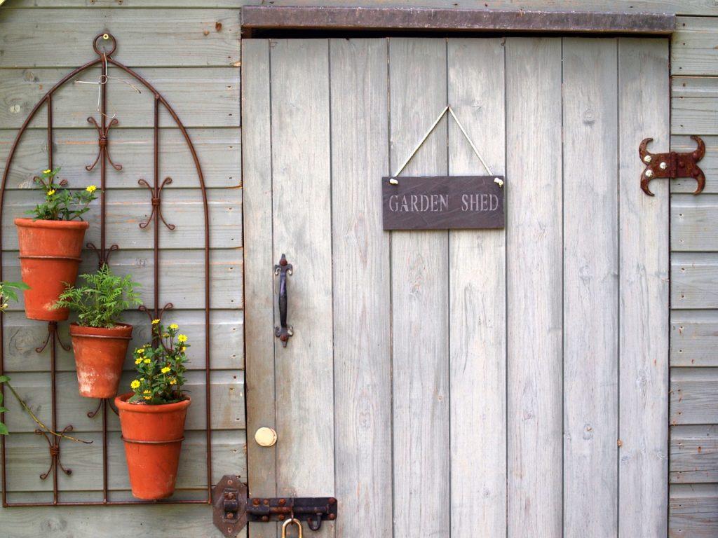 L'abri de jardin : l'aménagement vedette de votre jardin !