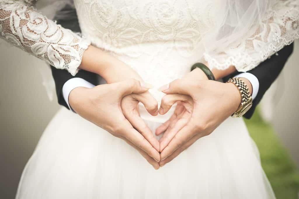 Mariage et bijoux : quels bijoux pour la mariée et le marié ?