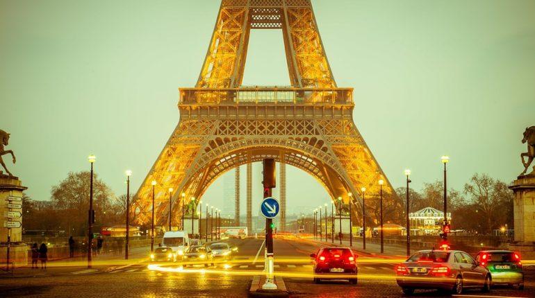 été à Paris