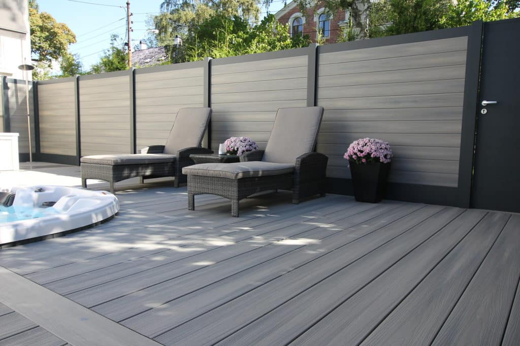 La clôture en bois composite : robuste et esthétique !