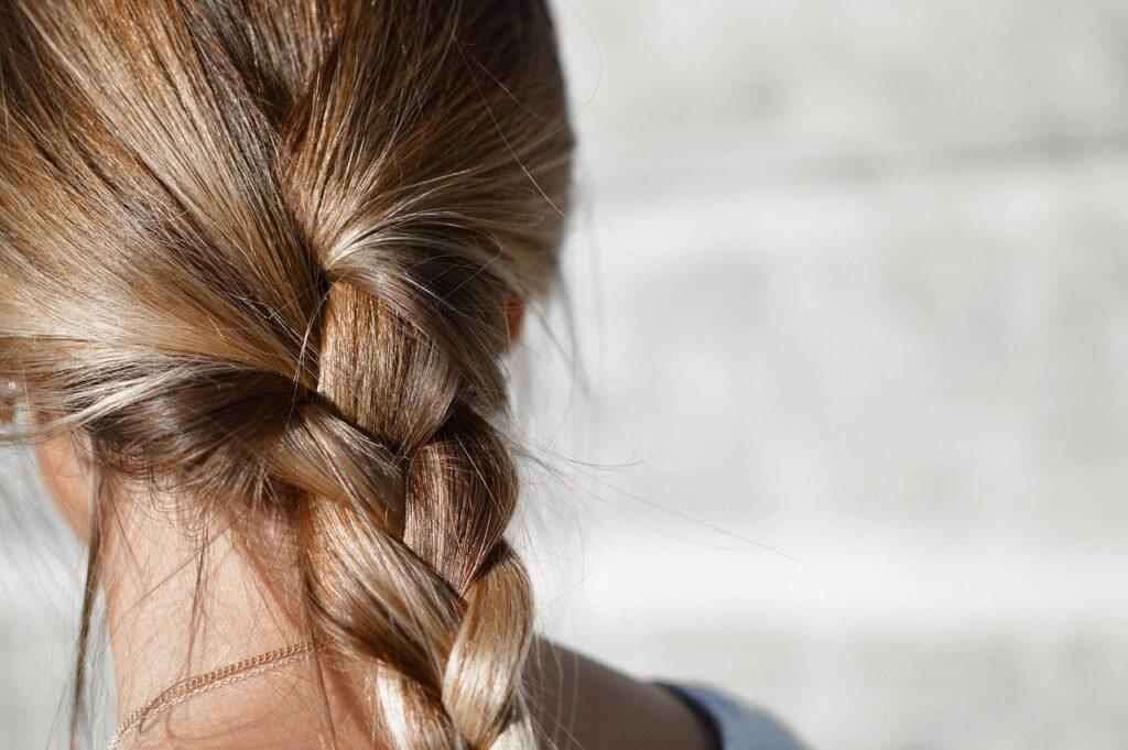 7 erreurs à éviter lorsque vous relookez vos cheveux à la maison