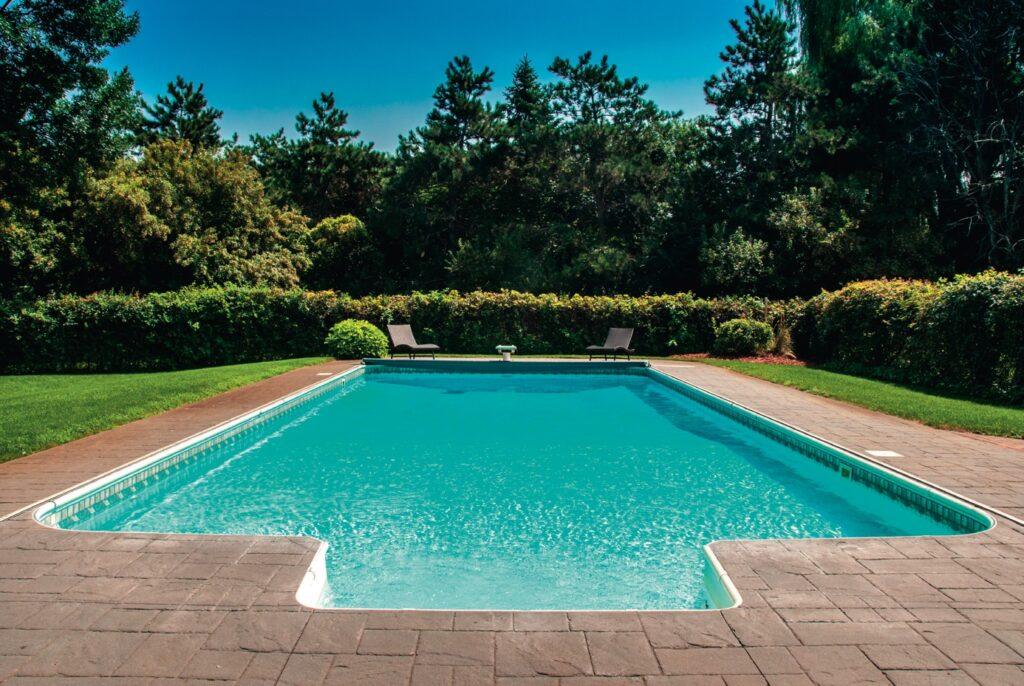 Installer une piscine ou un spa chez soi ?